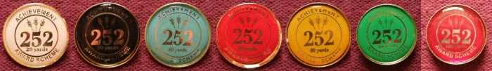 252 round badges